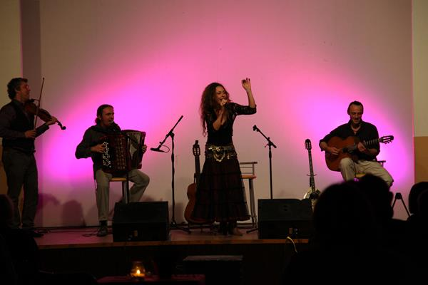 cabaret tzigane chants et musiques du monde